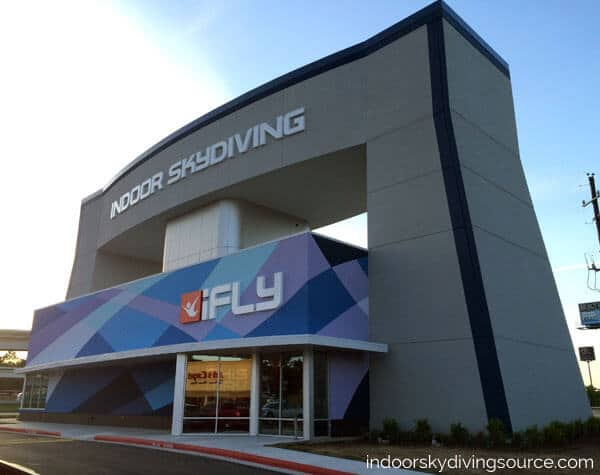 The photo is actually a photo of iFLY Houston - The Woodlands. The tunnel located in Brazil will be a similar style, but a 16 foot diameter instead of a 14 foot diameter like can be seen in Houston.